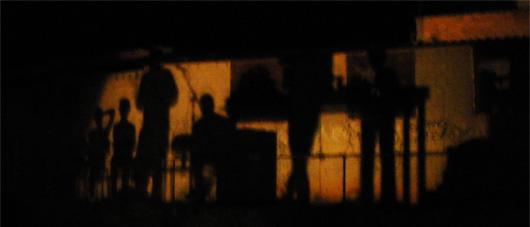 50-les-ombres-sur-le-mur.jpg