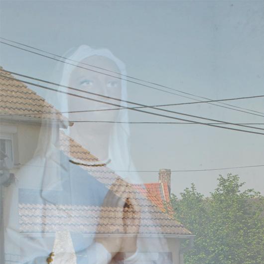 28-reflet-sur-la-vitre-de-loratoire.jpg