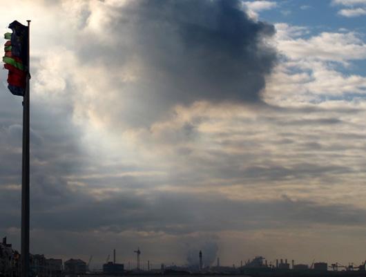 9-quelques-trace-de-dk-malo-plage-nuages.jpg