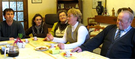 Le gentil accueil de la famille dujardin cie hendrick for Famille dujardin