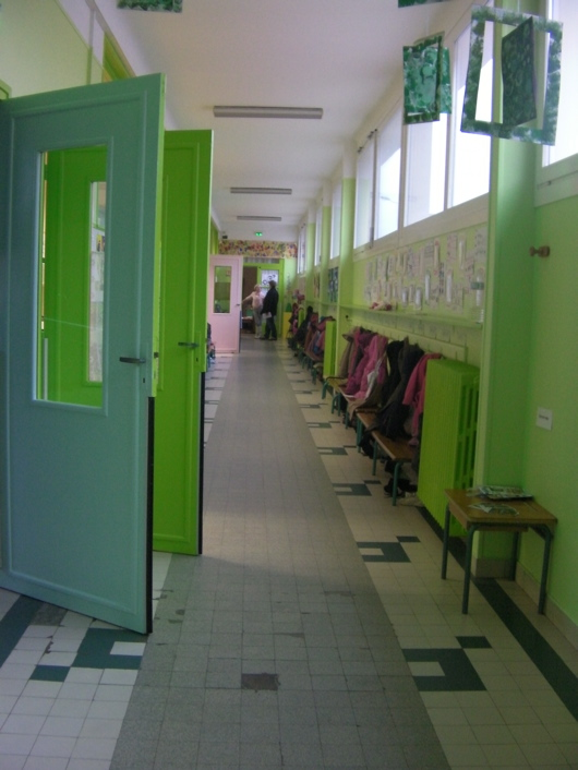 maternelle-couloir.jpg